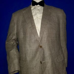 Brooks Brothers B/W Houndstooth Sport Coat Size 46